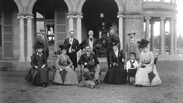 Lady and Lord Lamington are seated, second and third from the left
